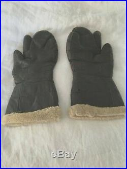 Original U. S. WWII Army Air Force A-9A Leather Flying Mitten Glove