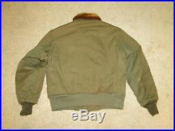 Vintage Original WW2 US Army Air Force PILOT B-10 B Bomber flight jacket Sz 40