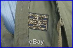 WWII US ARMY AIR FORCE Pilot's Survival SUSTENANCE VEST Type C-1 Breslee Mfg. Co